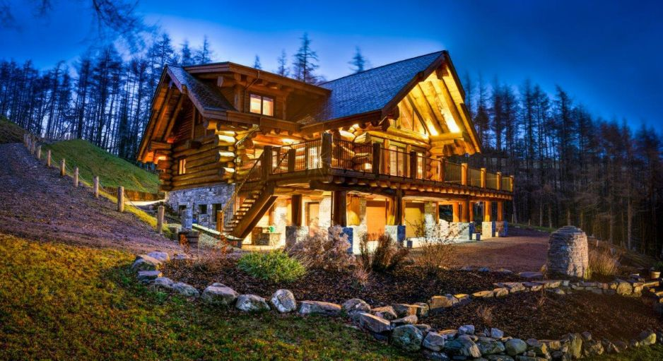 Pioneer log homes kanadsk kr l mezi sruba i for Cabins in newfoundland